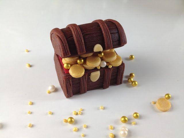 treasure chest cake tutorial