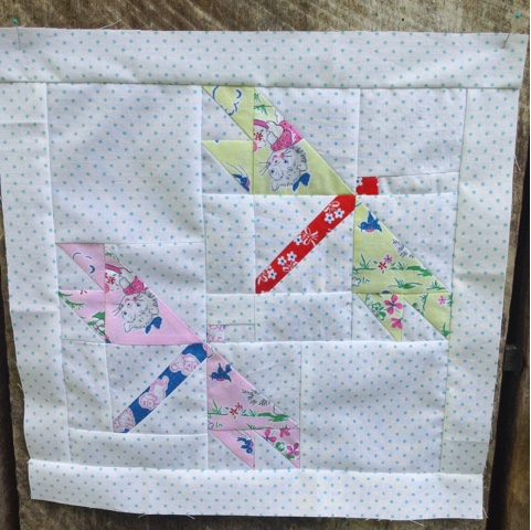 flat biscuit quilt block tutorial pictures