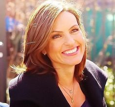 mariska hargitay makeup tutorial