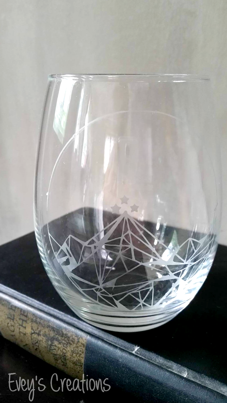 cricut wine glass tutorial