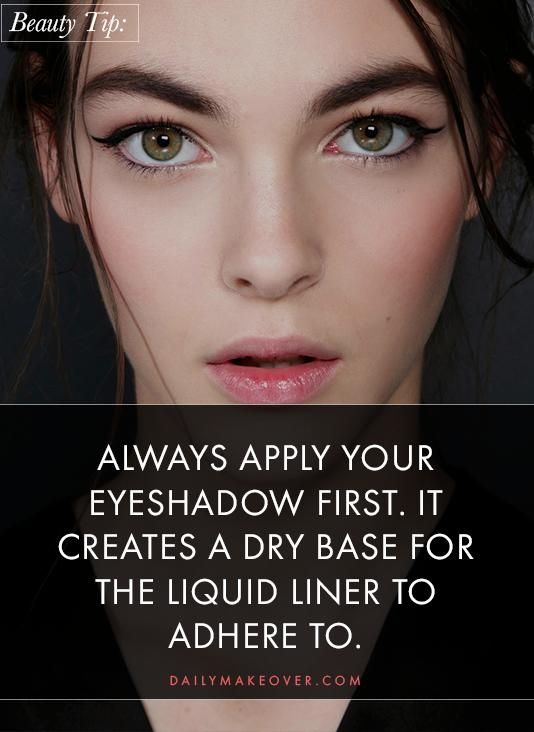 winged liquid eyeliner tutorial
