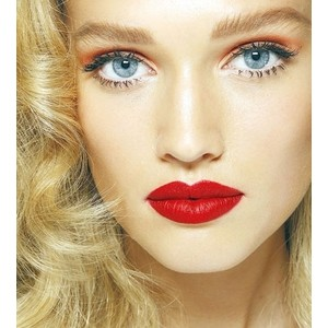 perfect red lip tutorial