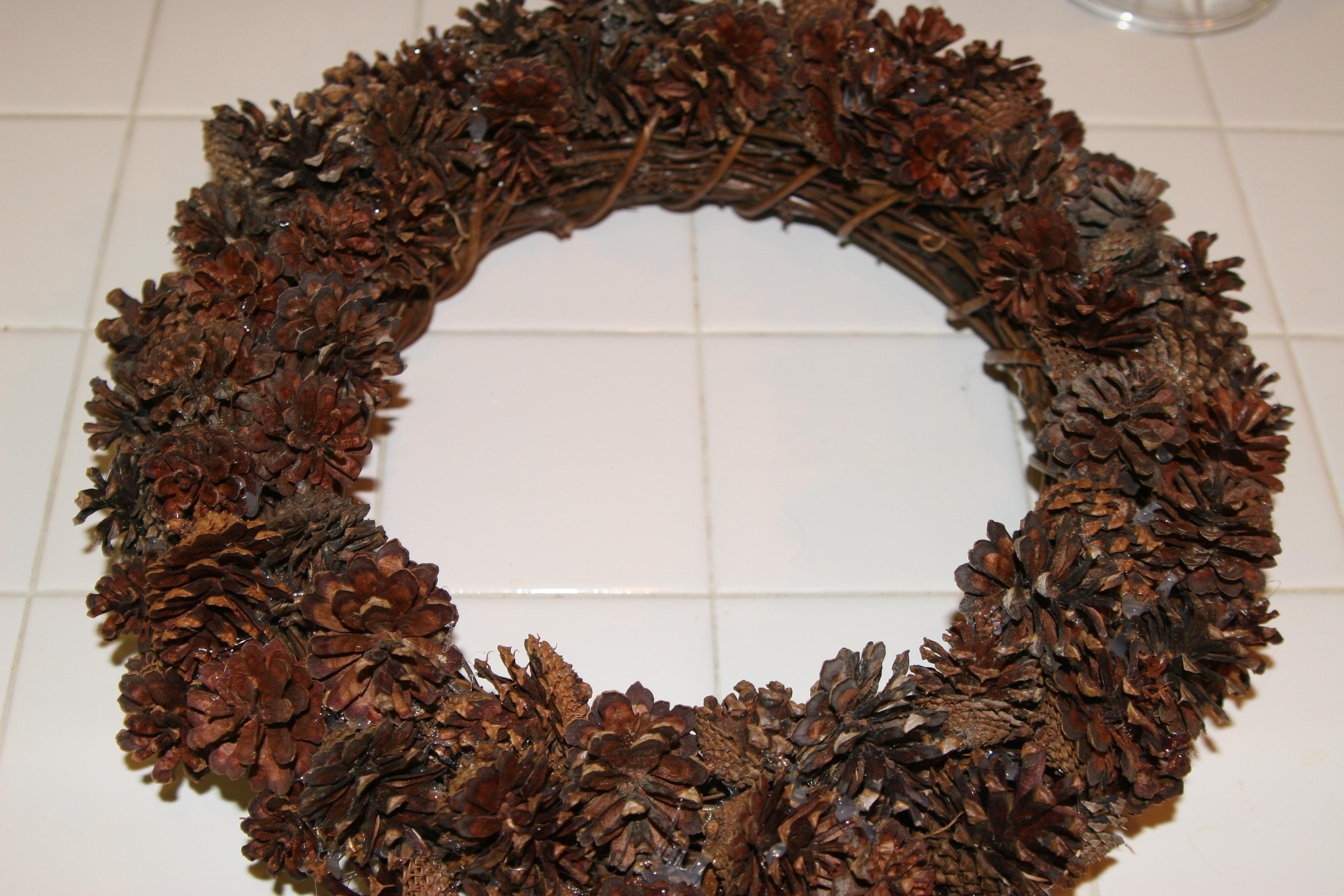 pine cone wreath tutorial