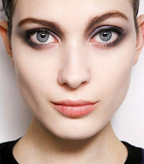 protruding eye makeup tutorial